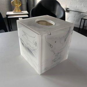 Kassatex Marble Print Resin Tissue Holder
